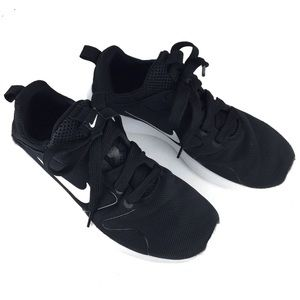 NIKE Black White Tanjun Sneakers